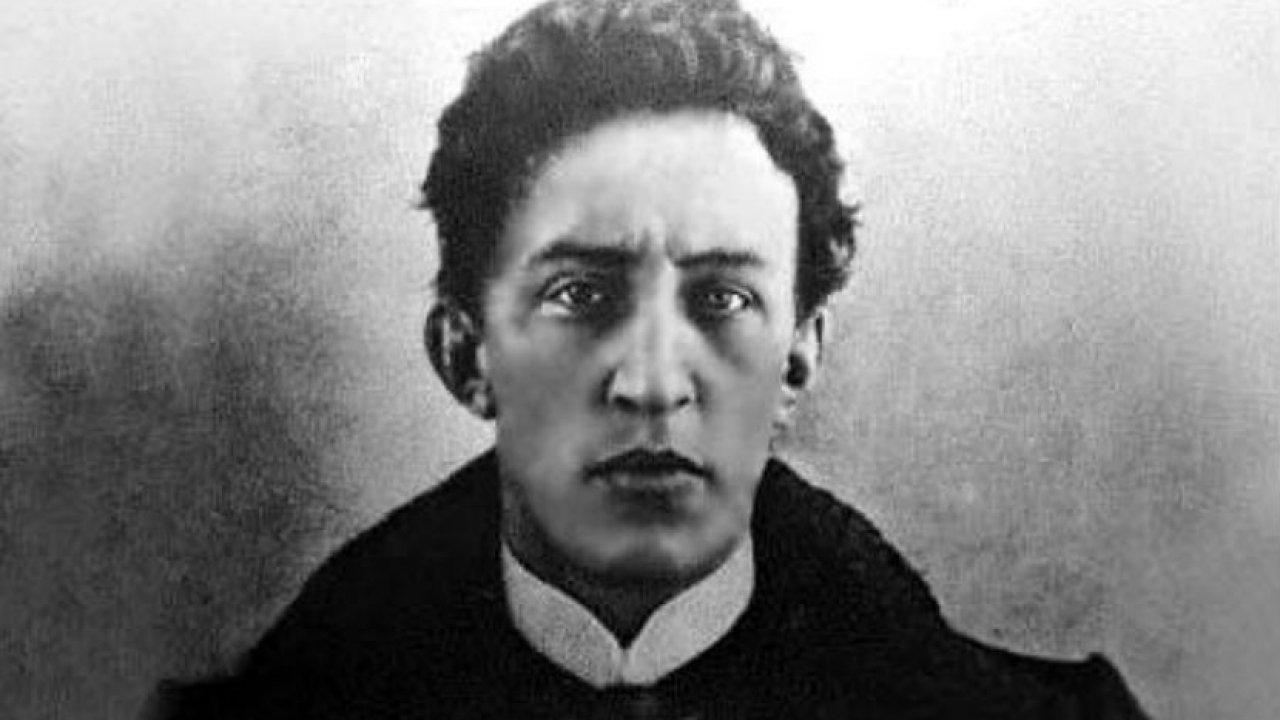 140 лет со дня рождения русского поэта Александра Александровича Блока (1880 — 1921)