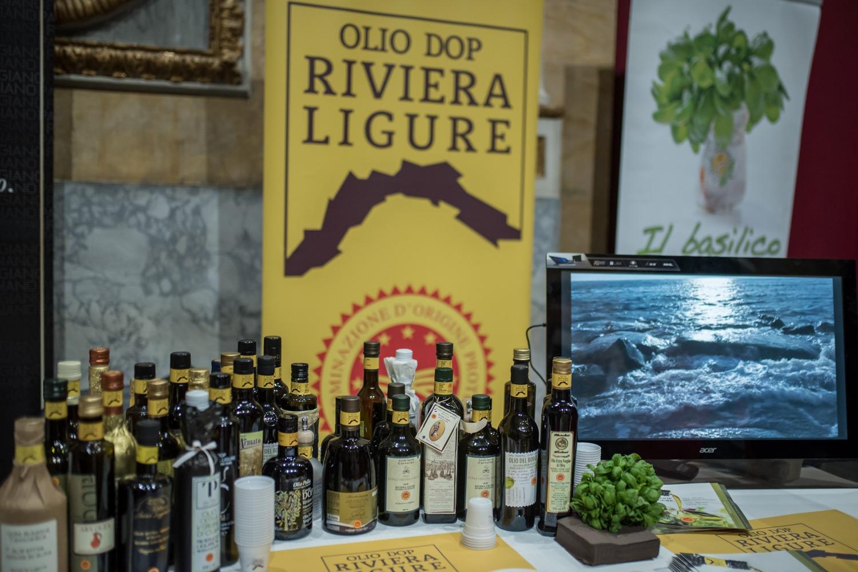 Чемпионат мира по приготовлению песто в Генуе пройдет в онлайн-формате