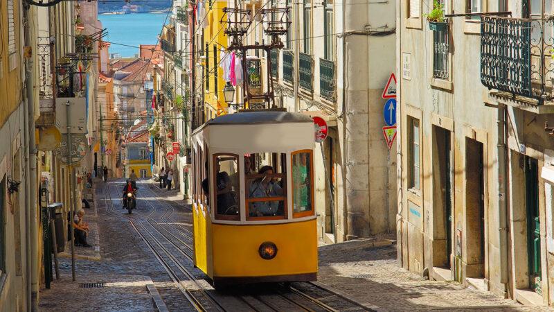 Солнечный Лиссабон с нетерпением ждет встречи с туристами